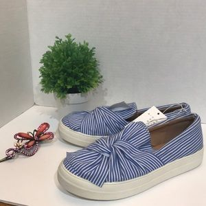 Shoes - Women's Slip-on Loafer Sneakers Size 8 Blue White
